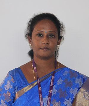 Dr Nandhini M