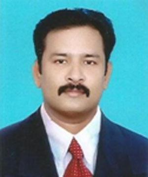 Dr Mukunthan B